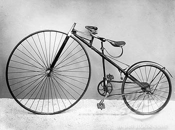 A Bicicleta de Lawson, a primeira a usar corrente na transmissão